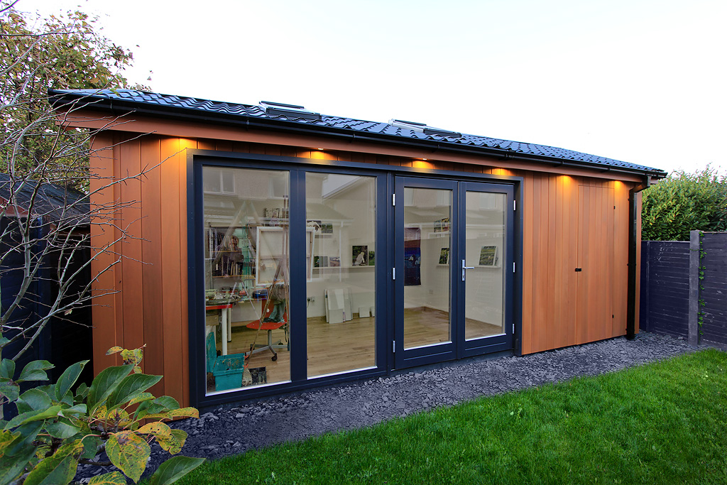 Garden rooms design ideas garden room plans ecos ireland for Tiny garden rooms