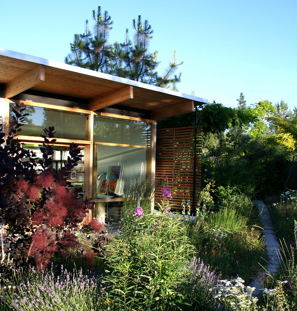 Garden rooms design ideas garden room plans ecos ireland - Small garden space ideas property ...